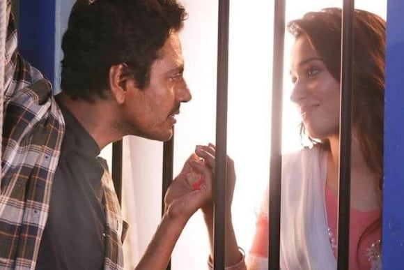 Bole Chudiya Movie Ticket Offers, Online Booking, Ticket Price, Reviews and Ratings