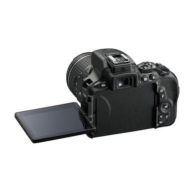 Nikon D5600 DSLR Camera with Single Lens: AF-S DX Nikkor 18-140 MM/VR Kit+16GB Card+Camera Bag Black Price in India